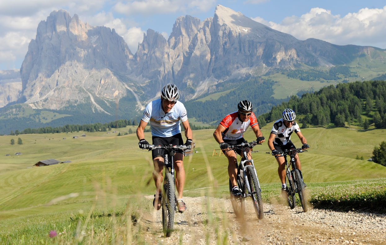 Bike holidays in South Tyrol: Discover the Dolomites