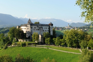 Hiking holidays in South Tyrol 02
